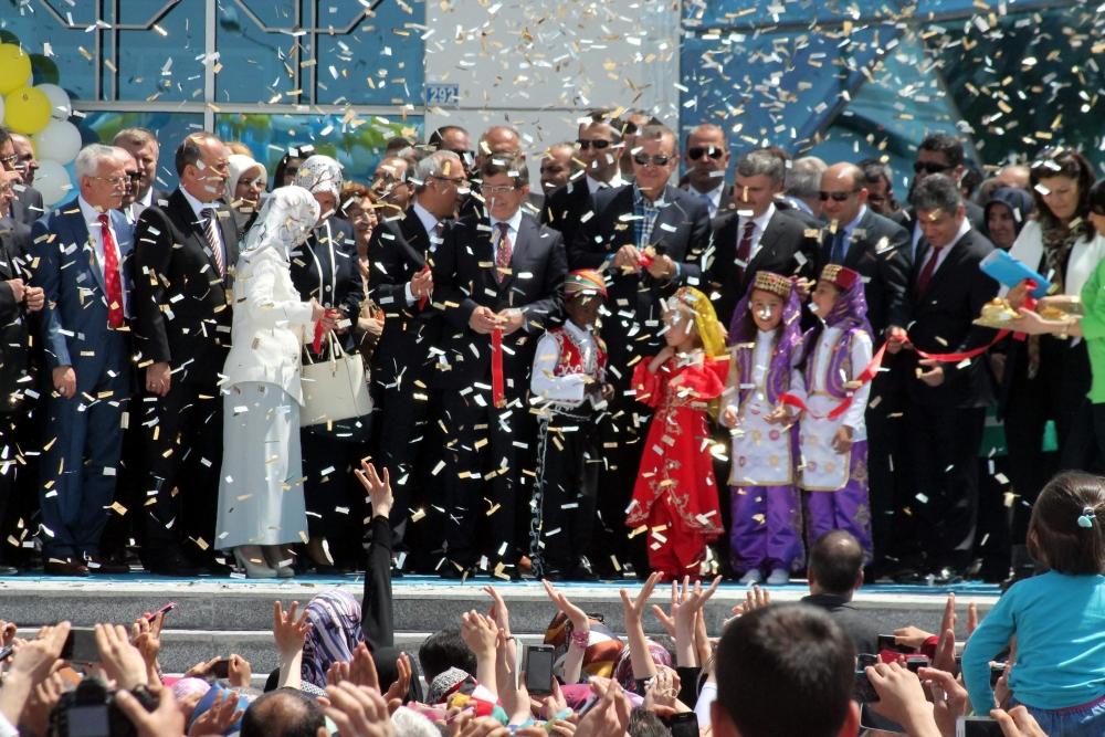 Erdoğan Bilim Merkezi'ni açtı 13