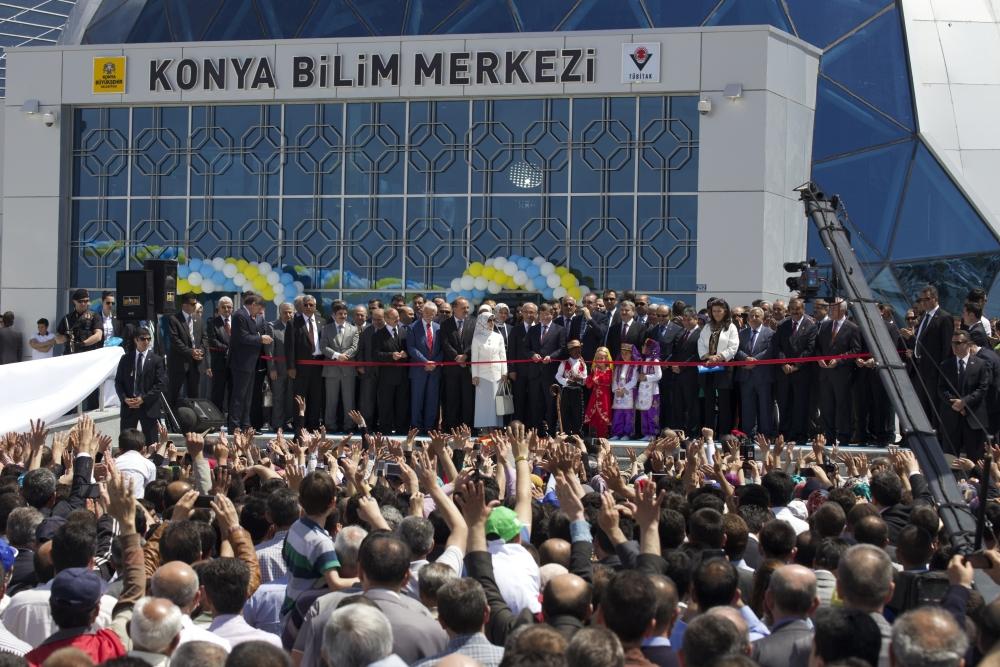 Erdoğan Bilim Merkezi'ni açtı 5