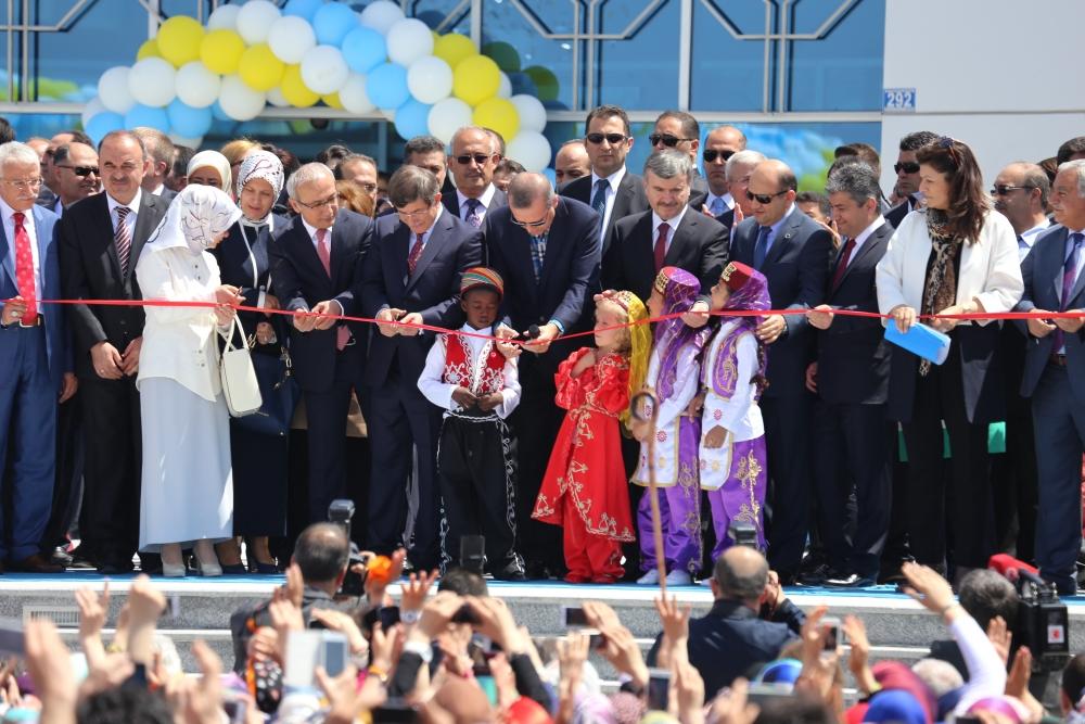 Erdoğan Bilim Merkezi'ni açtı 7