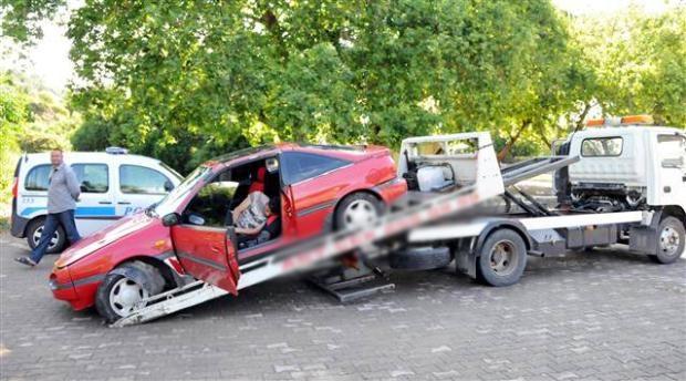 Otomobilinin içinde uyudu soğuk suyla ayıldı 4