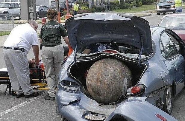 Dünyanın en ilginç trafik kazaları 20