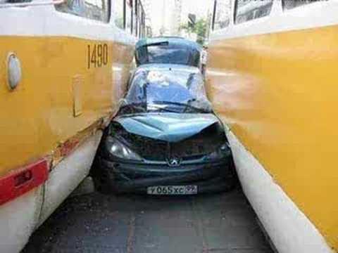 Dünyanın en ilginç trafik kazaları 44