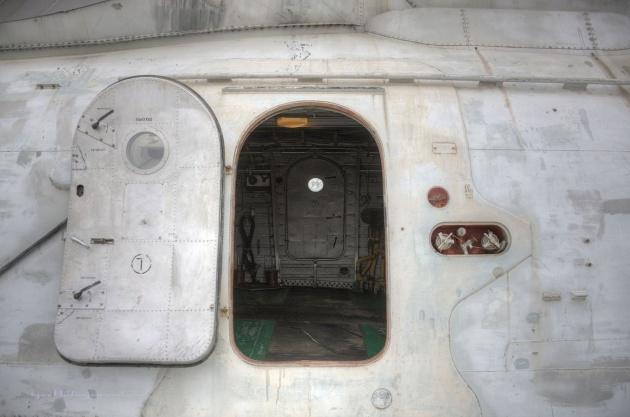 Ne uçak ne de gemi 11