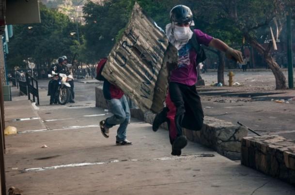 Venezuela'da Yönetim Karşıtı Gösteriler 2