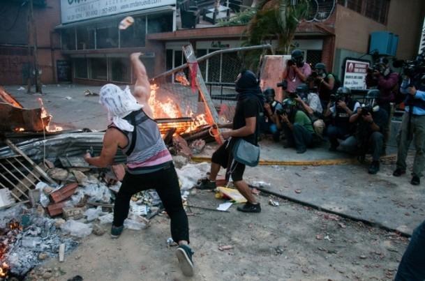 Venezuela'da Yönetim Karşıtı Gösteriler 6