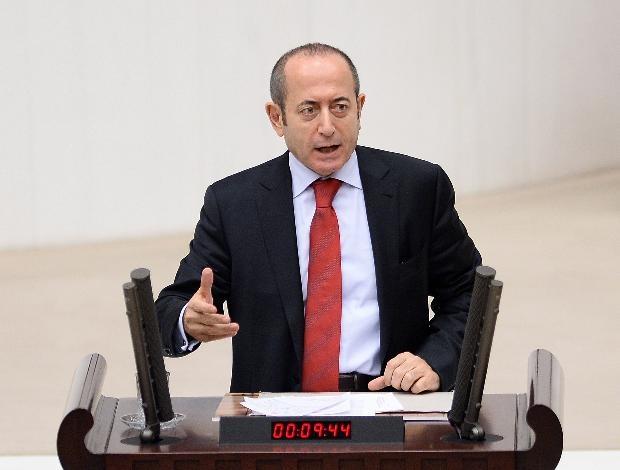 AK Partili vekil laf attı, CHP'li Hamzaçebi'den iltifat aldı 4