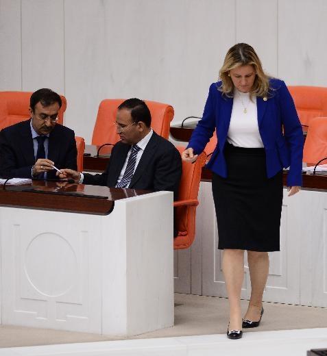 AK Partili vekil laf attı, CHP'li Hamzaçebi'den iltifat aldı 5