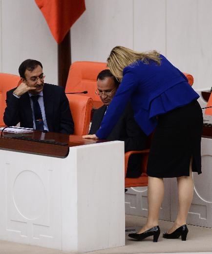 AK Partili vekil laf attı, CHP'li Hamzaçebi'den iltifat aldı 6
