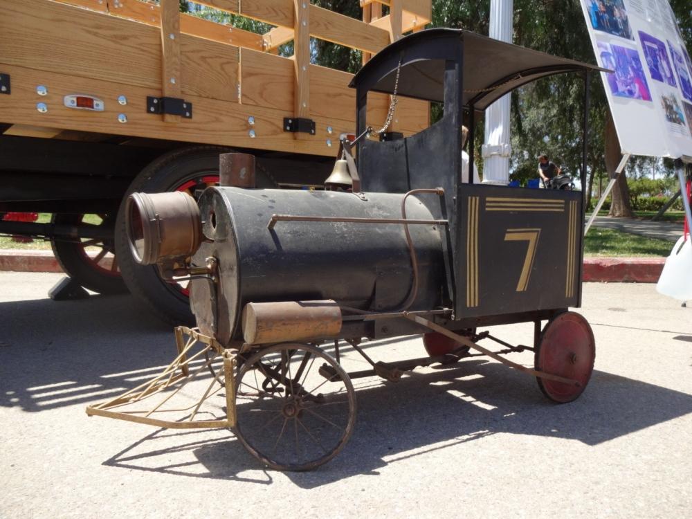 Birbirinden güzel antika arabalar 12