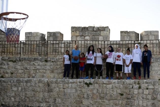 Kudüs'ün basketbolcu kızları 17