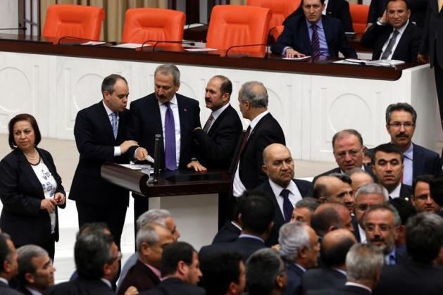 Meclis'te fotoğraf gerginliği 39