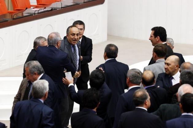 Meclis'te fotoğraf gerginliği 41
