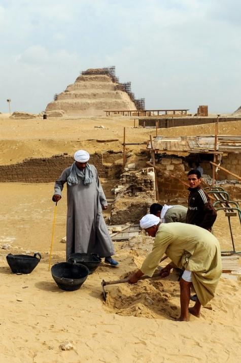 Mısır'da 3100 yıllık mezar bulundu 1