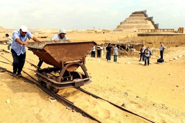 Mısır'da 3100 yıllık mezar bulundu 11