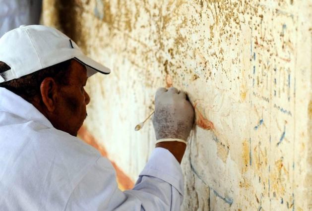Mısır'da 3100 yıllık mezar bulundu 18