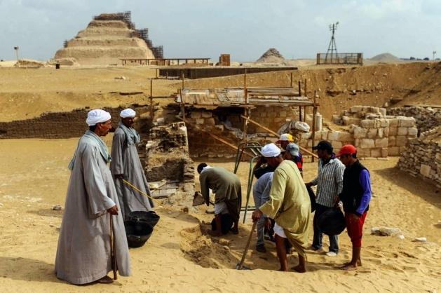 Mısır'da 3100 yıllık mezar bulundu 8