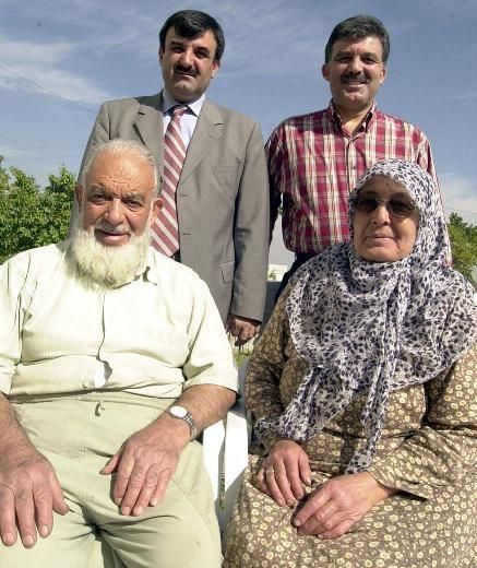 Cumhurbaşkanı'nın babası 88 yaşında hala çalışıyor 16
