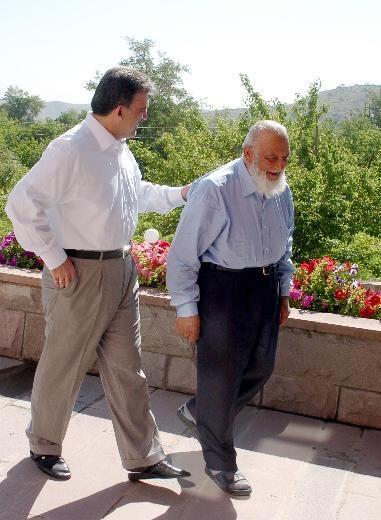 Cumhurbaşkanı'nın babası 88 yaşında hala çalışıyor 18