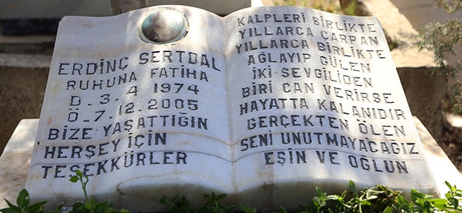 Mezar taşlarındaki ilginç yazılar 6