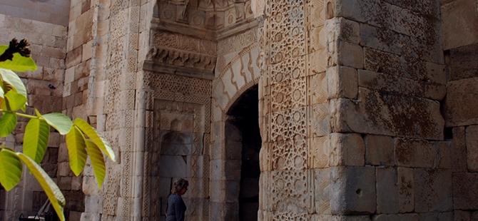 Anadolu'nun en büyük kervansarayına yoğun ilgi 4