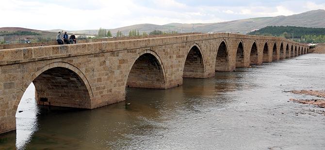 Tarihi Kesik Köprü restore ediliyor 7
