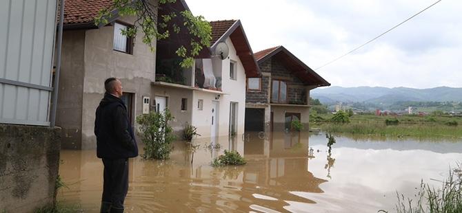 Bosna-Hersek'te sel felaketi 11