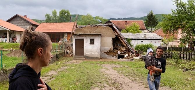 Bosna-Hersek'te sel felaketi 14