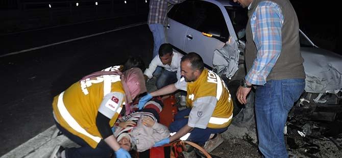 3 aracın karıştığı kazada 2 yaralı 1