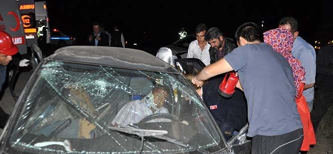 3 aracın karıştığı kazada 2 yaralı 4