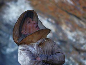 Nepal Yerlilerinin Arılarla Bal Savaşı