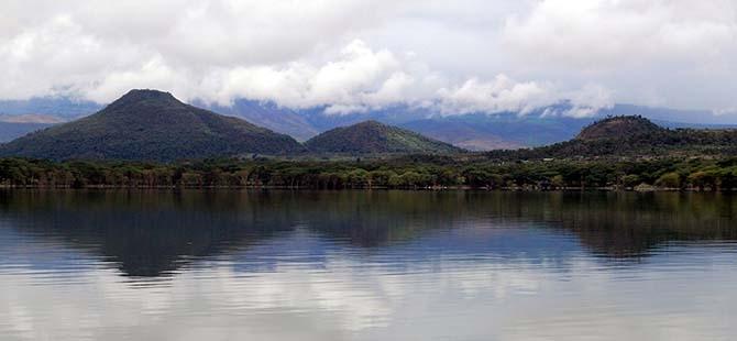 Büyüleyen göl: Lake Naivasha 1