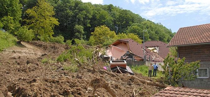 Bosna ve Sırbistan'da sel felaketi 11