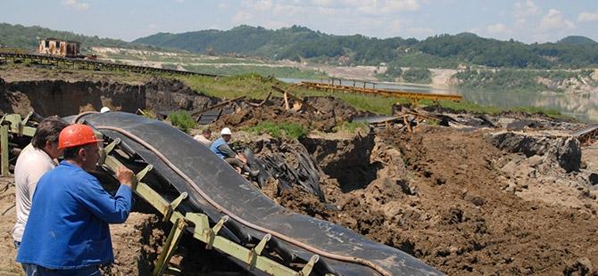 Bosna ve Sırbistan'da sel felaketi 22