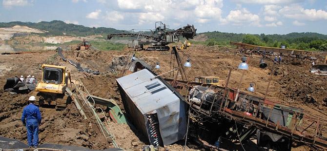 Bosna ve Sırbistan'da sel felaketi 25