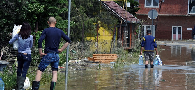 Bosna ve Sırbistan'da sel felaketi 5