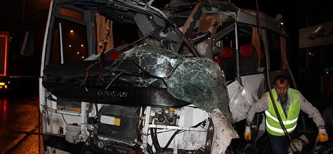 Katliam gibi kaza: 4 ölü, 16 yaralı 14