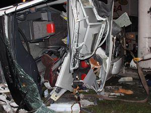 Katliam gibi kaza: 4 ölü, 16 yaralı
