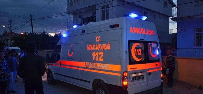 Kerpiç ev yıkıldı: 1 ölü 3