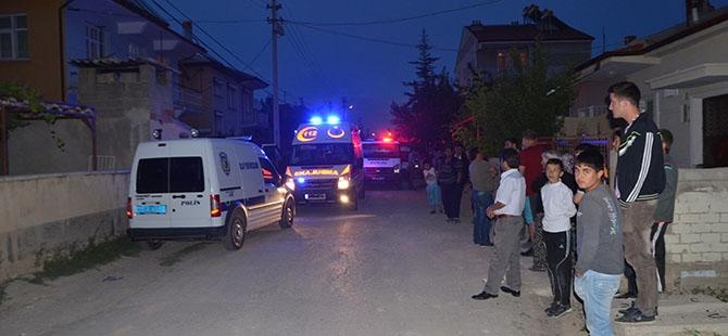 Kerpiç ev yıkıldı: 1 ölü 6