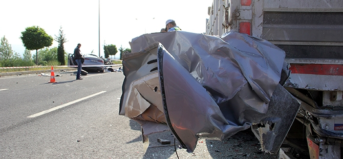 Elazığ'da trafik kazası: 2 ölü 1