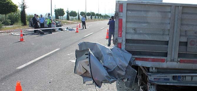 Elazığ'da trafik kazası: 2 ölü 12