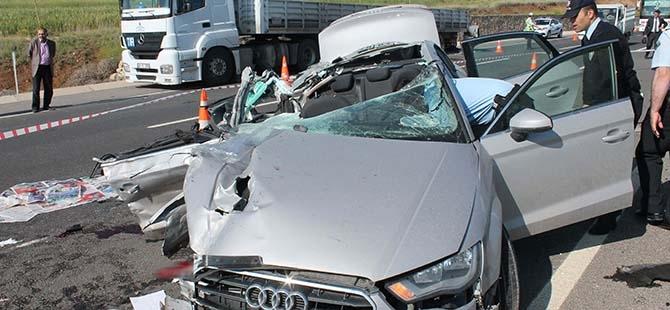 Elazığ'da trafik kazası: 2 ölü 8