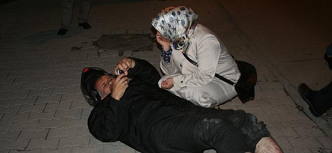 Yaralı eşinin yanından ayrılmadı 6