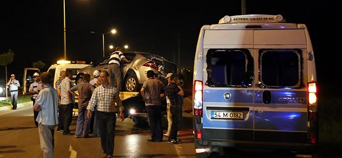 Otomobil yolcu minibüsüne çarptı: 17 yaralı 6