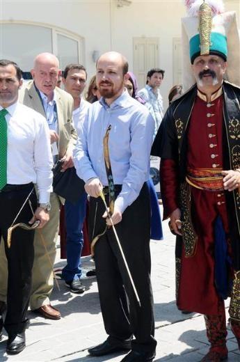 Bilal Erdoğan ok attı 17