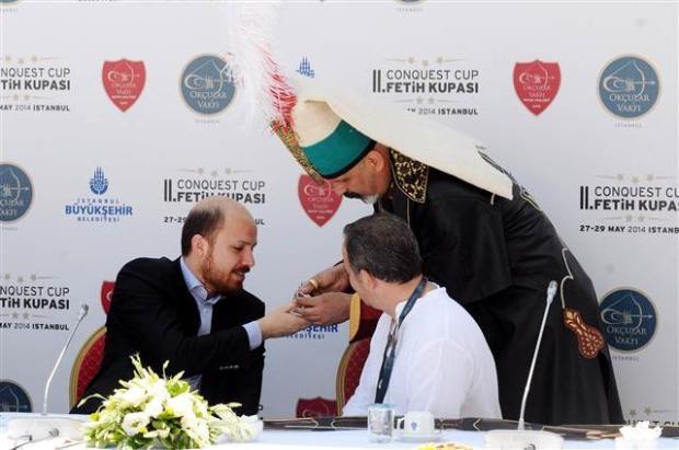 Bilal Erdoğan ok attı 18