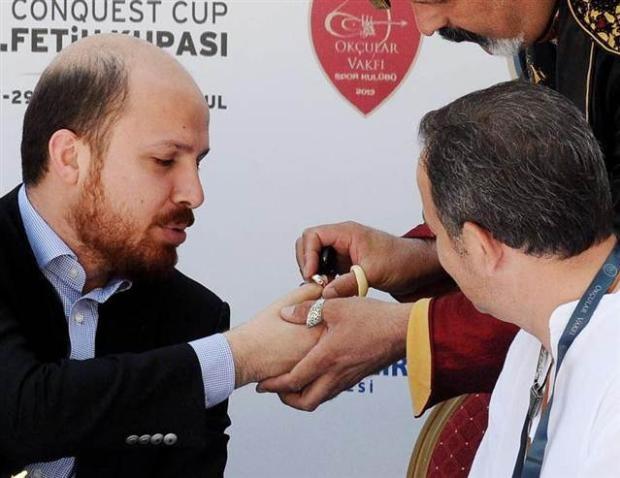 Bilal Erdoğan ok attı 4