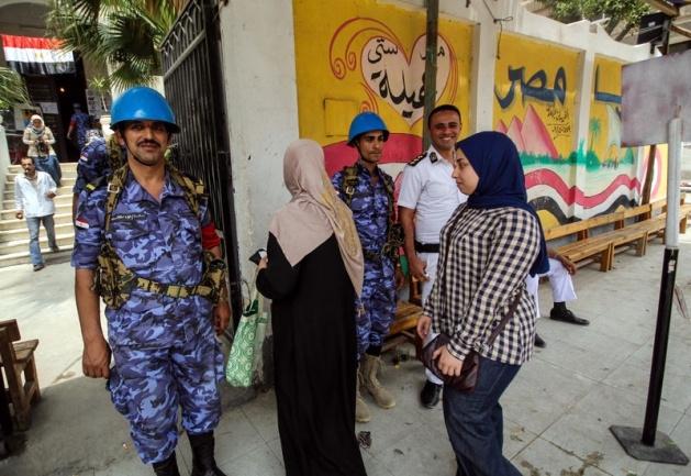 Mısır halkı seçimlere ilgisiz kaldı 11