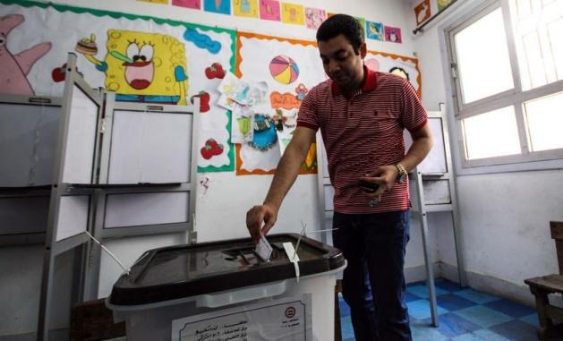 Mısır halkı seçimlere ilgisiz kaldı 13