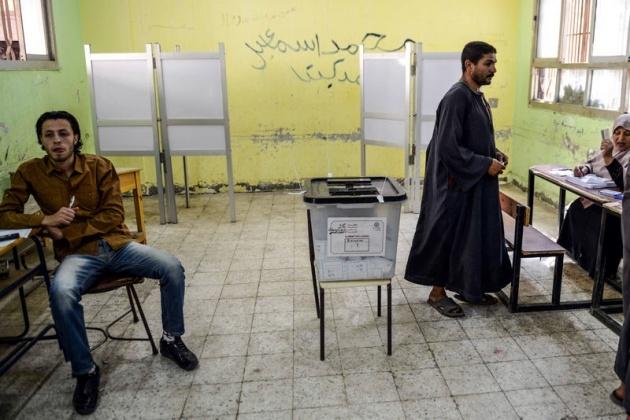 Mısır halkı seçimlere ilgisiz kaldı 19